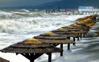 Все пляжи Сочи закрыты