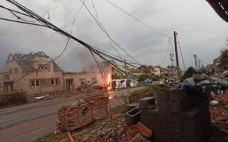 На Чехию обрушился торнадо: пострадали 300 человек, разрушены четыре села (ВИДЕО)