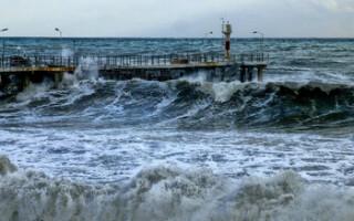 В Сочи из-за смерчей объявили штормовое предупреждение