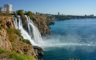 Вирусолог: поездка в Турцию безопасна для туристов с прививками