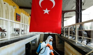 Около 75 процентов случаев COVID-19 в Турции вызваны британским штаммом