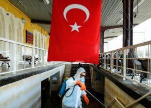 Около 75 процентов случаев COVID-19 в Турции вызваны английским штаммом